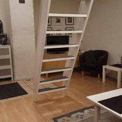 Отель Slussen Bed And Breakfast Эребру комната для гостей фото 3