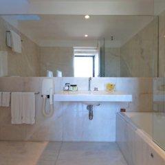 Отель Pousada Mosteiro de Amares Португалия, Амареш - отзывы, цены и фото номеров - забронировать отель Pousada Mosteiro de Amares онлайн ванная