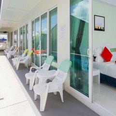 Отель The Frutta Boutique Patong Beach 3* Стандартный номер с различными типами кроватей фото 19
