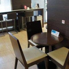 Отель Horidome Villa Япония, Токио - 1 отзыв об отеле, цены и фото номеров - забронировать отель Horidome Villa онлайн питание фото 2