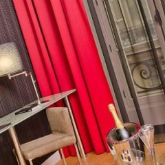 Отель LEMPIRE Париж спортивное сооружение
