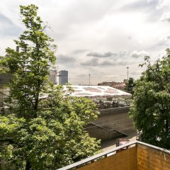Апарт-Отель MaxRealty24 Черняховского 3 балкон