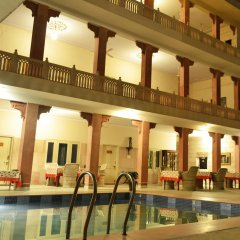 Suryaa Villa - A City Centre Hotel бассейн