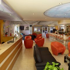 Отель Marietta Aparthotel гостиничный бар