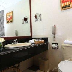 Отель Peony Wanpeng Hotel - Xiamen Китай, Сямынь - отзывы, цены и фото номеров - забронировать отель Peony Wanpeng Hotel - Xiamen онлайн ванная фото 2