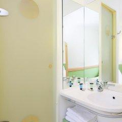Отель ibis budget Lyon Gerland Франция, Лион - отзывы, цены и фото номеров - забронировать отель ibis budget Lyon Gerland онлайн ванная фото 2