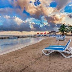 Отель Royal Decameron Club Caribbean Resort - ALL INCLUSIVE Ямайка, Монастырь - отзывы, цены и фото номеров - забронировать отель Royal Decameron Club Caribbean Resort - ALL INCLUSIVE онлайн пляж фото 2