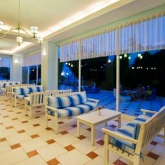 Отель Larissa Blue Kiri_ бассейн