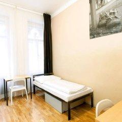 Отель Czech Inn Hostel Чехия, Прага - 7 отзывов об отеле, цены и фото номеров - забронировать отель Czech Inn Hostel онлайн комната для гостей фото 2