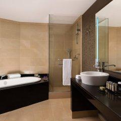 Гостиница Ренессанс Актау Казахстан, Актау - отзывы, цены и фото номеров - забронировать гостиницу Ренессанс Актау онлайн ванная