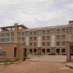 Protea Hotel by Marriott Benin City Select Emotan парковка