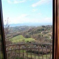 Отель La Piccola Quercia Италия, Стронконе - отзывы, цены и фото номеров - забронировать отель La Piccola Quercia онлайн комната для гостей фото 2