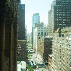 Отель Morgans Hotel - A Morgans Original США, Нью-Йорк - отзывы, цены и фото номеров - забронировать отель Morgans Hotel - A Morgans Original онлайн балкон