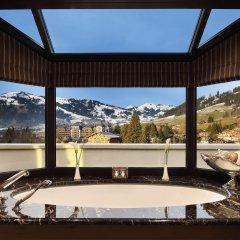 Отель Gstaad Palace Швейцария, Гштад - отзывы, цены и фото номеров - забронировать отель Gstaad Palace онлайн бассейн