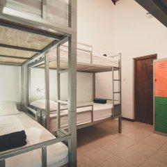 Отель Bunkyard Hostels Шри-Ланка, Коломбо - отзывы, цены и фото номеров - забронировать отель Bunkyard Hostels онлайн интерьер отеля фото 2