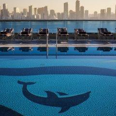 Отель Hilton Sharjah ОАЭ, Шарджа - 10 отзывов об отеле, цены и фото номеров - забронировать отель Hilton Sharjah онлайн бассейн