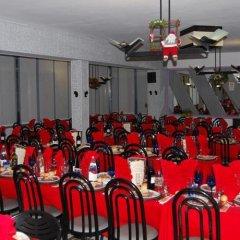 Отель Albergo Ristorante Pizzeria Bellavista Каренно спортивное сооружение