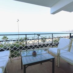 Отель Beachfront Bliss in Fuengirola Испания, Фуэнхирола - отзывы, цены и фото номеров - забронировать отель Beachfront Bliss in Fuengirola онлайн балкон