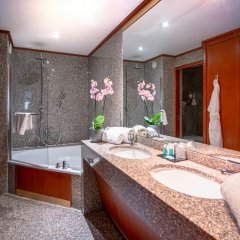 Отель Goldstar Resort & Suites Франция, Ницца - 1 отзыв об отеле, цены и фото номеров - забронировать отель Goldstar Resort & Suites онлайн ванная