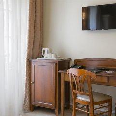 Отель Best Western Au Trocadero Франция, Париж - 1 отзыв об отеле, цены и фото номеров - забронировать отель Best Western Au Trocadero онлайн удобства в номере