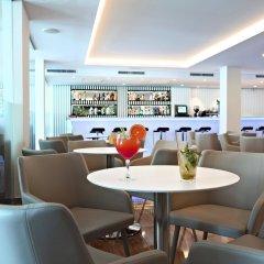 Hotel Joan Miró Museum гостиничный бар