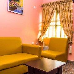 Отель Keves Inn and Suites Нигерия, Калабар - отзывы, цены и фото номеров - забронировать отель Keves Inn and Suites онлайн интерьер отеля