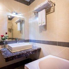 Saigon Night Hotel ванная