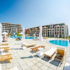 Отель Апарт-Отель Premier Fort Beach Болгария, Свети Влас - отзывы, цены и фото номеров - забронировать отель Апарт-Отель Premier Fort Beach онлайн бассейн фото 2