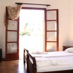 Adamastos Hotel сейф в номере