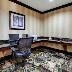Отель Comfort Suites Vicksburg интерьер отеля