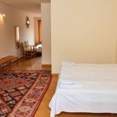 Hotel Mirhav Горис