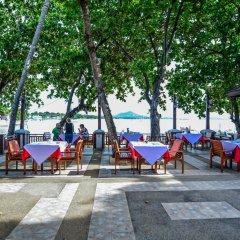 Отель First Bungalow Beach Resort Таиланд, Самуи - 6 отзывов об отеле, цены и фото номеров - забронировать отель First Bungalow Beach Resort онлайн питание