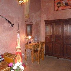 Отель Riad Marlinea в номере