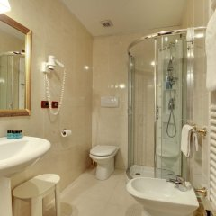 Отель Byron Италия, Венеция - отзывы, цены и фото номеров - забронировать отель Byron онлайн ванная