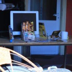 Отель Nightingale Hostel and Guesthouse Болгария, София - отзывы, цены и фото номеров - забронировать отель Nightingale Hostel and Guesthouse онлайн гостиничный бар