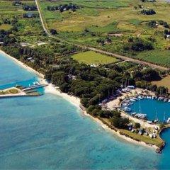 Отель First Landing Beach Resort & Villas бассейн фото 3