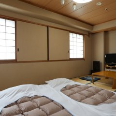 Ark Hotel Okayama - ROUTE-INN HOTELS - комната для гостей фото 5