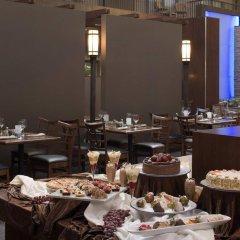 Отель Delta Hotels by Marriott Calgary South Канада, Калгари - отзывы, цены и фото номеров - забронировать отель Delta Hotels by Marriott Calgary South онлайн помещение для мероприятий