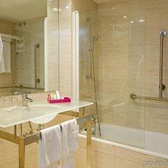 Hotel Zenit Bilbao ванная