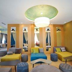 Отель Sandy Beach Resort интерьер отеля фото 2