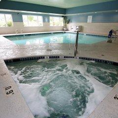 Отель Holiday Inn Express & Suites Ashland бассейн фото 3