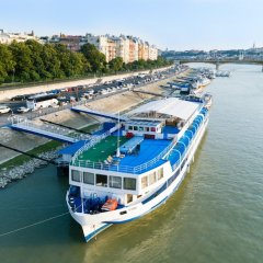 Fortuna Boat Hotel and Restaurant пляж