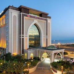 Crowne Plaza Hotel Antalya Турция, Анталья - 10 отзывов об отеле, цены и фото номеров - забронировать отель Crowne Plaza Hotel Antalya онлайн вид на фасад