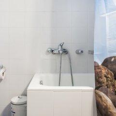 Отель Charming Acropolis Metro Apartment Греция, Афины - отзывы, цены и фото номеров - забронировать отель Charming Acropolis Metro Apartment онлайн ванная
