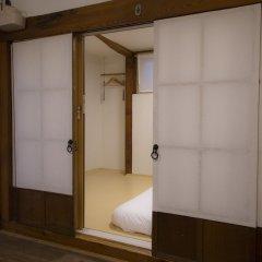 Отель STAY256 Hanok Guesthouse Южная Корея, Сеул - отзывы, цены и фото номеров - забронировать отель STAY256 Hanok Guesthouse онлайн ванная фото 2