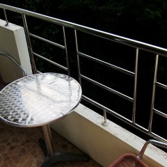 Отель Samal Guesthouse балкон