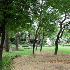 Отель Phranakhon Grand View Бангкок приотельная территория