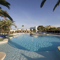 Отель Aparthotel Alcúdia Beach бассейн фото 2