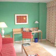 NH Jardines Del Turia Hotel удобства в номере