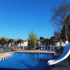 Отель Whanganui River Top 10 Holiday Park бассейн фото 2